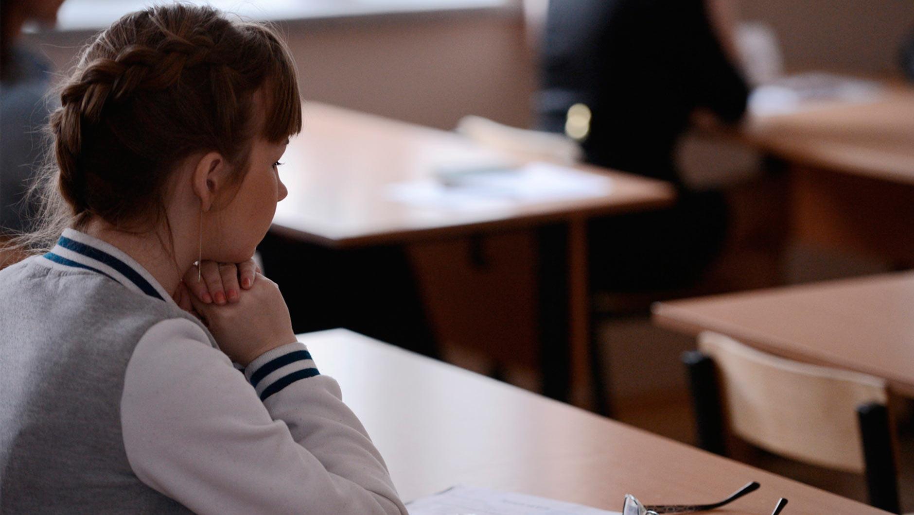Студентка пришла сдавать экзамен, Студентки сдали экзамен профессору устно 11 фотография